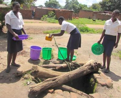 kalonga school well